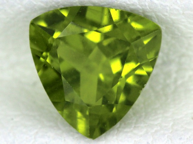 PERIDOT FACETED STONE  1.35  CTS    SG -1692