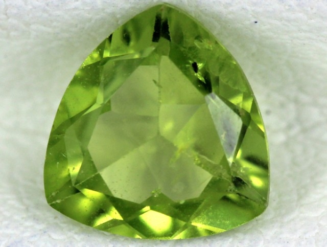 PERIDOT FACETED STONE  1.10  CTS    SG -1696