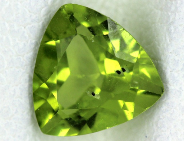 PERIDOT FACETED STONE  1.35  CTS    SG -1699