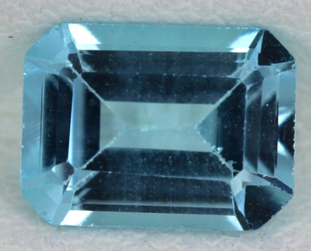 BLUE TOPAZ NATURAL FACETED  1.55 CTS SG-1701