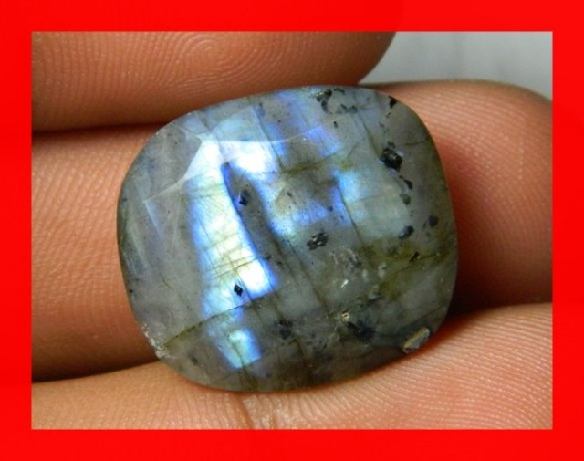 AAA Quality Labradorite Faceted Stone L112