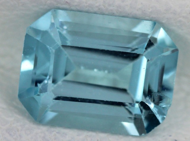 BLUE TOPAZ NATURAL FACETED  1.9 CTS SG-1759