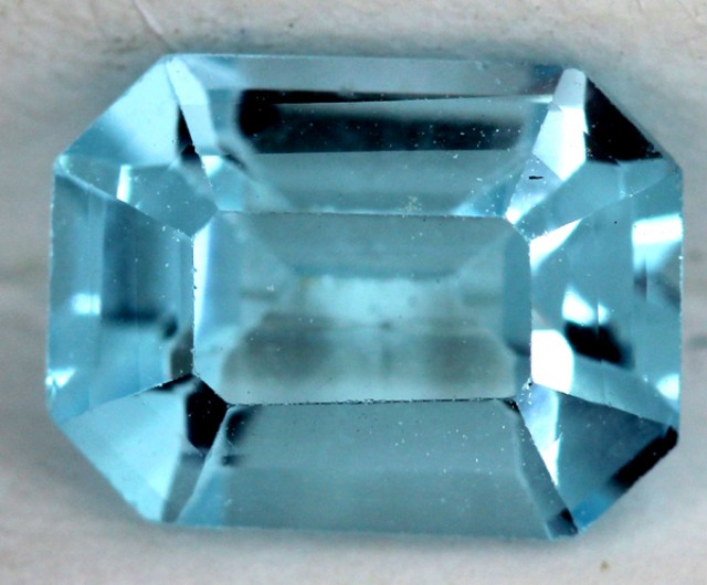 BLUE TOPAZ NATURAL FACETED  1.9 CTS SG-1812
