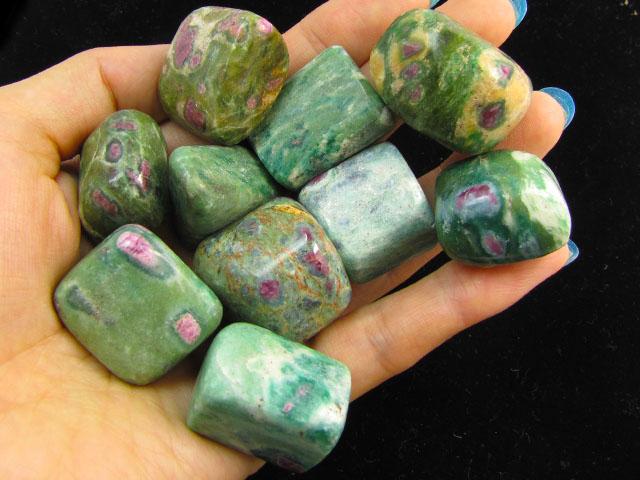 220 Grams  Tumbled Zoisite Gemstones  MYGM 721