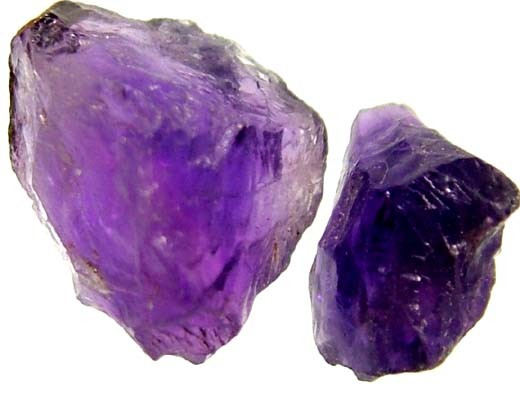 AMETHYST NATURAL ROUGH (PARCEL)  10.70 CTS FN 1975  (LO-GR)