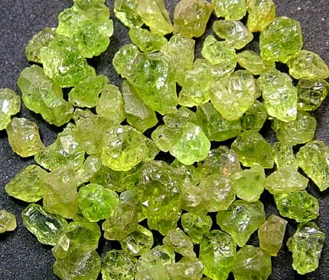 PERIDOT ROUGH (PARCEL) 50 CTS FN 2087  (LO-GR)