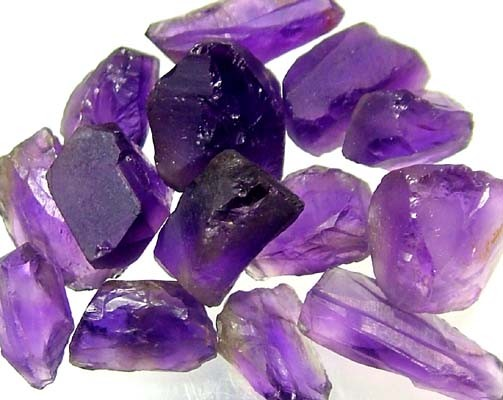 AMETHYST NATURAL ROUGH (PARCEL)  25 CTS FN 2257  (LO-GR)