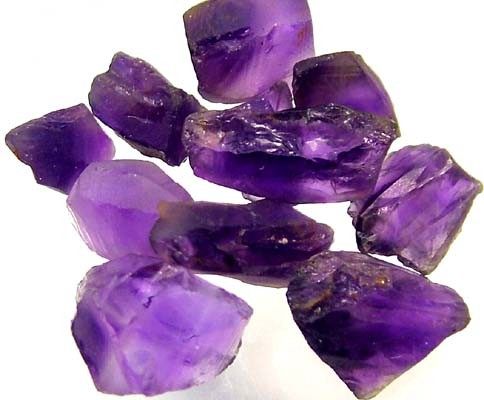 25 CTS AMETHYST NATURAL ROUGH (PARCEL)   FN 2302  (LO-GR)
