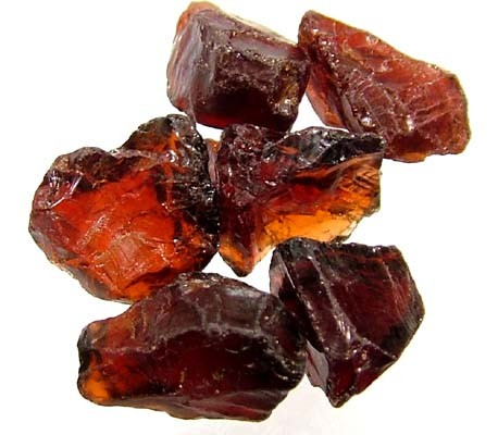 GARNET ROUGH NATURAL (PARCEL)  25 CTS FN 2385  (LO-GR)