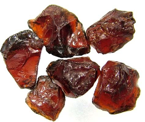 GARNET ROUGH NATURAL (PARCEL)  25 CTS FN 2410  (LO-GR)
