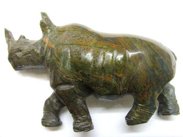 463 CTS SERPENTINE RHINOCEROS  TRIBAL CARVING  MYGM 1474