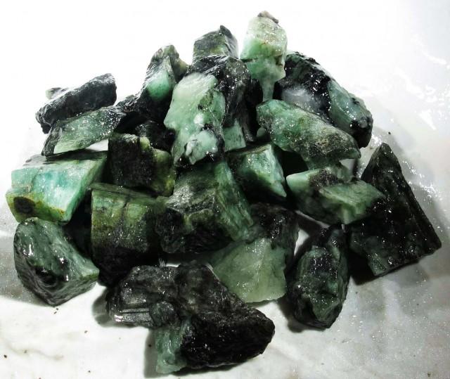 50 Grams Parcel  Brazil Emerald Rough RB06