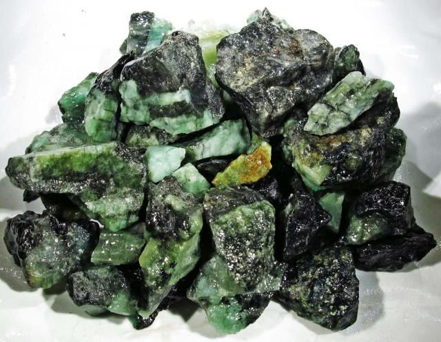 150 Grams Parcel  Brazil Emerald Rough RB13