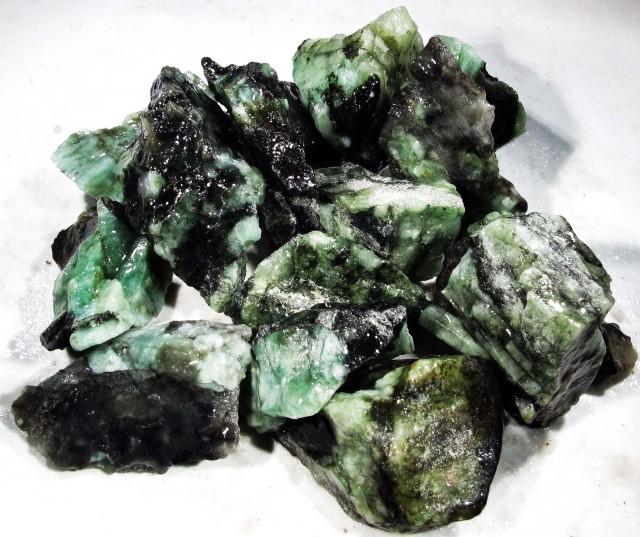 100 Grams Parcel  Brazil Emerald Rough RB37