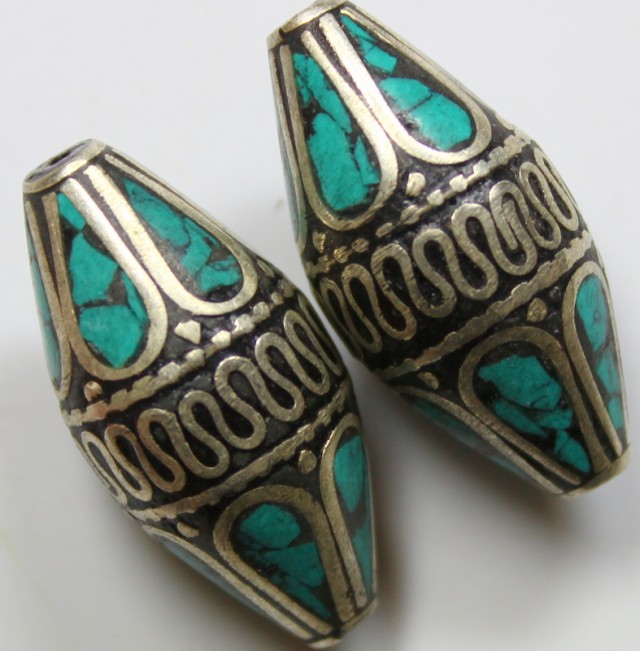 100CTS  2  PIECES TIBETAN - NAPAL UNIQUE BEAD HAND MADE WORK P624