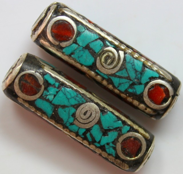 78 CTS 2 PCS ANCIENT TIBETAN NAPAL UNIQUE BEAD HAND MADE  P645