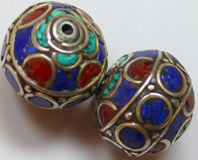 63 CTS 2 PCS ANCIENT TIBETAN NAPAL UNIQUE BEAD HAND MADE P651