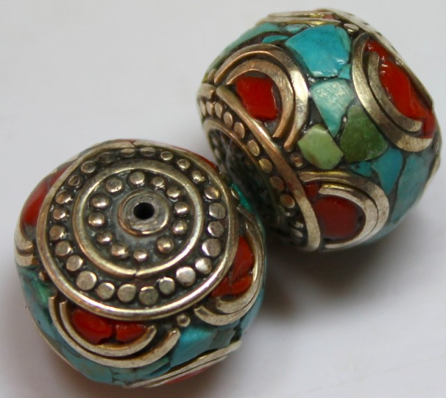 82 CTS 2 PCS ANCIENT TIBETAN NAPAL UNIQUE BEAD HAND MADE P655