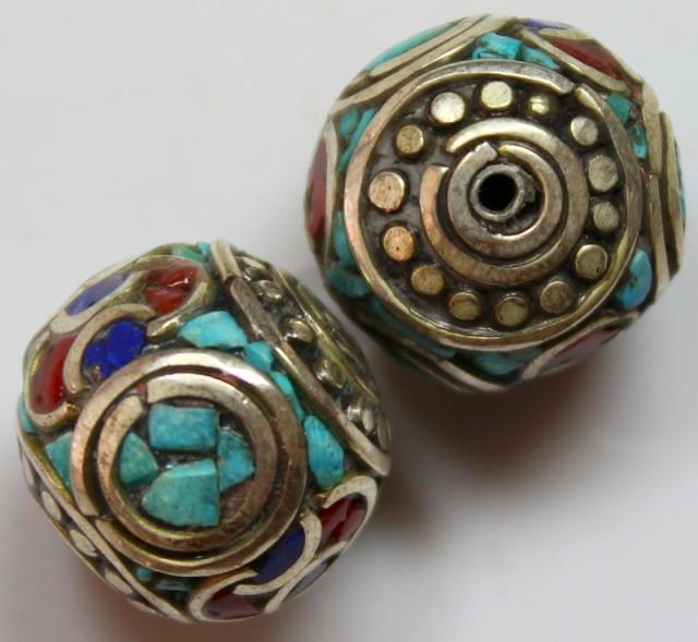 67 CTS 2 PCS ANCIENT TIBETAN NAPAL UNIQUE BEAD HAND MADE P657