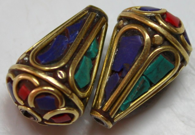 41.00 CTS 2 PCS ANCIENT TIBETAN NAPAL UNIQUE BEAD HAND MADE P658