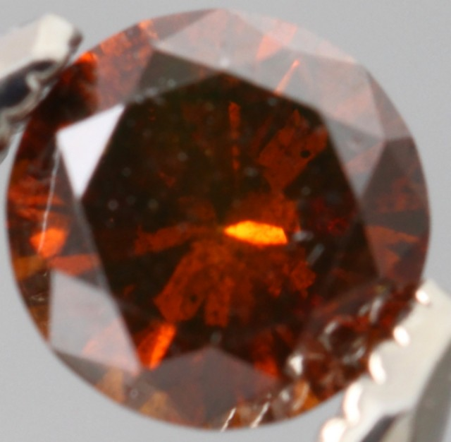 GORGEOUS SPARKLING COGNAC RED NATURAL DIAMOND 0.390Cts