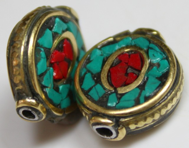 24.50 CTS 2 PCS ANCIENT TIBETAN NAPAL UNIQUE BEAD HAND MADE P662