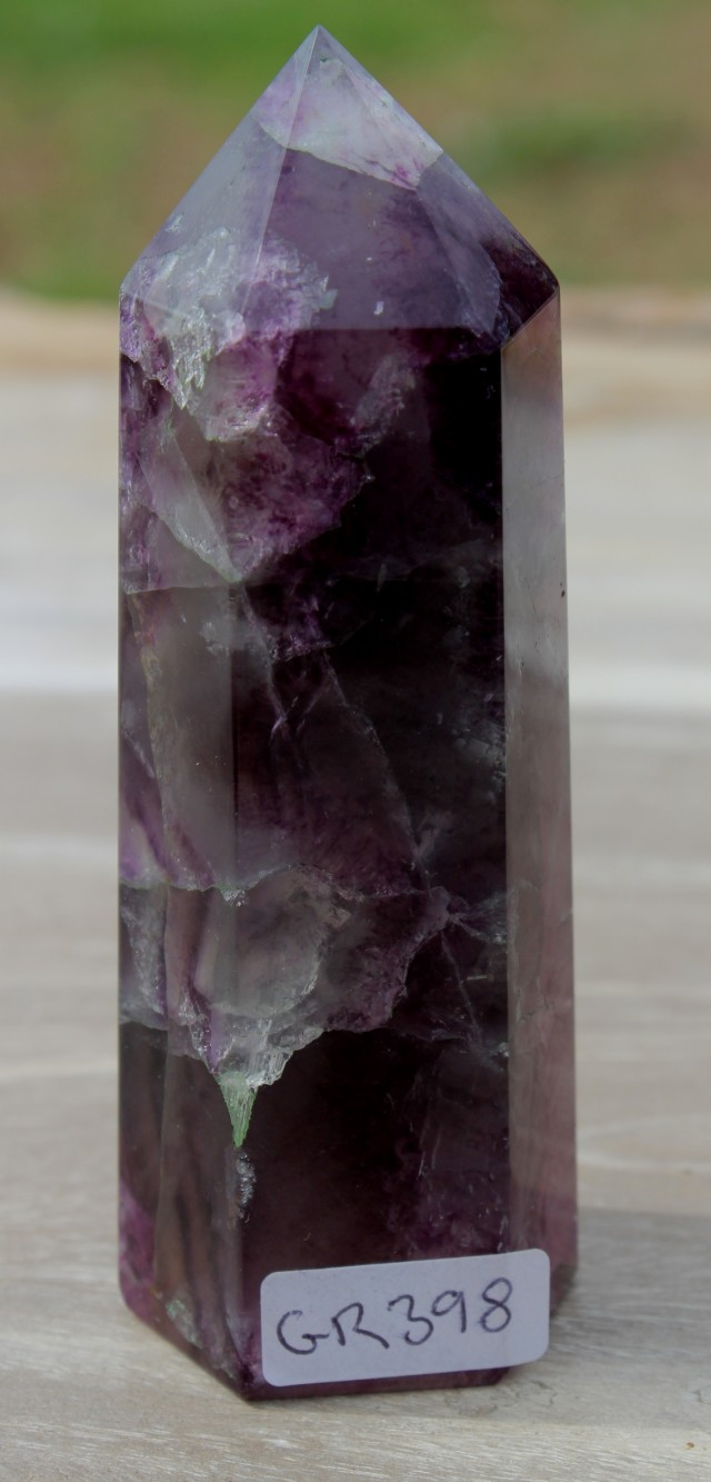 FLUORITE POINT 105 mm from China (GR398)