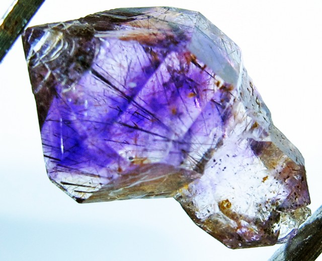 6.36 CTS AMETHYST SCEPTER FROM NAMBIA [MGW4159]