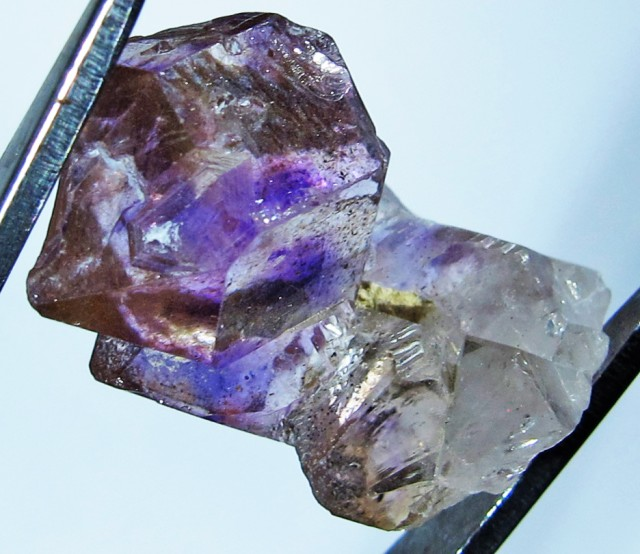 10.28 CTS AMETHYST SCEPTER FROM NAMBIA [MGW4176]