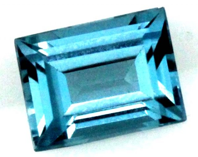 BLUE TOPAZ  NATURAL STONE FACETED 2.0  CTS TBG 685