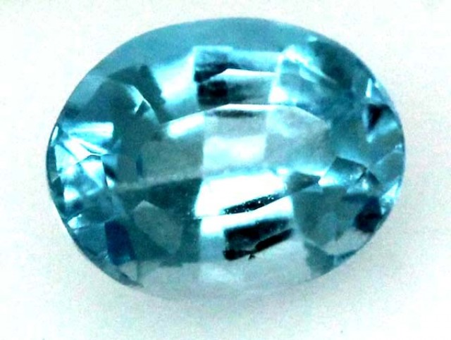 BLUE TOPAZ  NATURAL STONE FACETED 2.6  CTS TBG 688