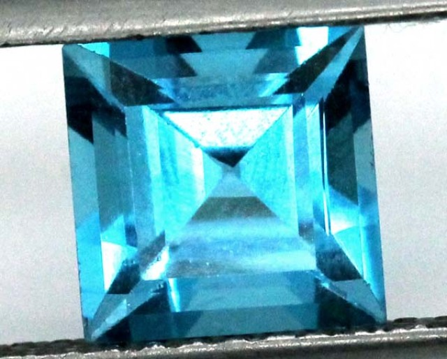 BLUE TOPAZ  NATURAL STONE FACETED  3.15 CTS TBG 692