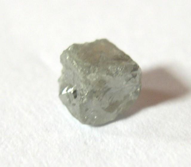 RARE NATURAL DIAMOND CUBE 0,66 CT