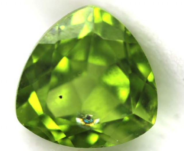 GREEN PERIDOT FACETED STONE 2.65 CTS TBG-7747