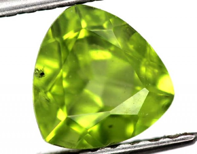 GREEN PERIDOT FACETED STONE 1.75 CTS TBG-750