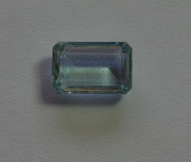 4.4 carat FACETED BAGUETTE CUT BLUE TOPAZ GEM