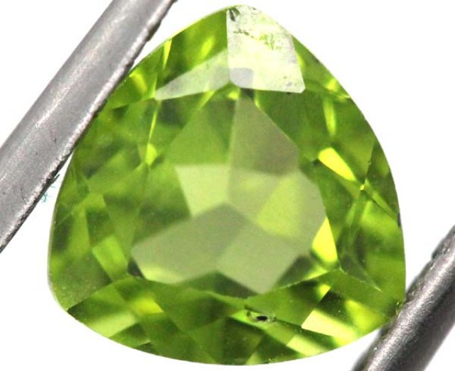 PERIDOT FACETED STONE  2.05 CTS TBG-813