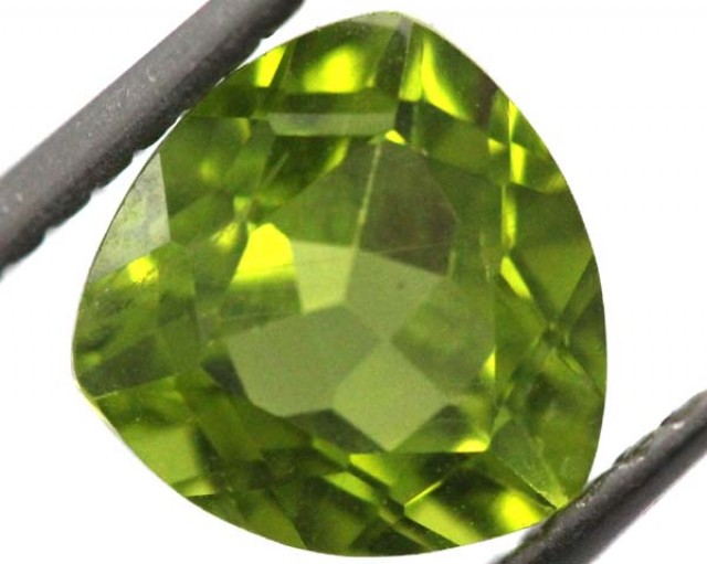PERIDOT FACETED STONE 2.15 CTS TBG-815