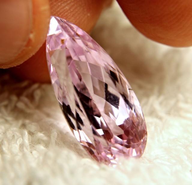 15.77 Carat VVS/VS Himalayan Pink Kunzite - Superb