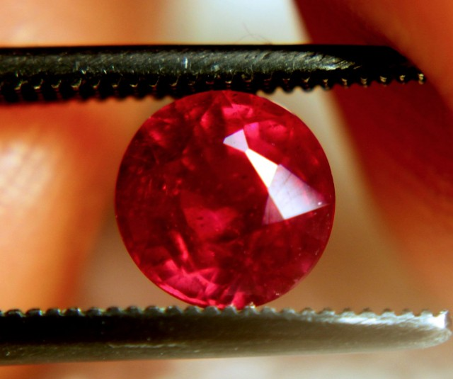 1.48 Carat VS2 Cherry Ruby - Gorgeous