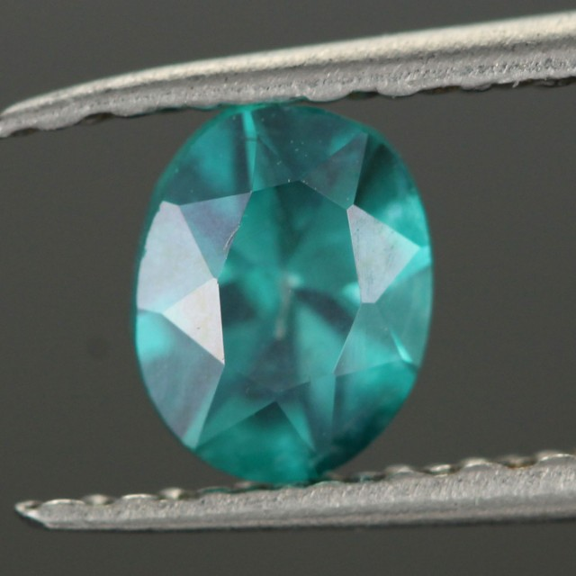 0.48 CTS EMERALD GREEN - SURFACE TREATED TOPAZ (TPZ49)