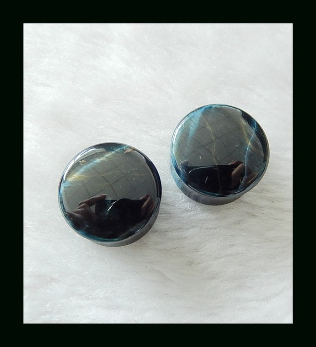 19mm(20.6mm-flare) 12.7mm(15mm total width) Blue Tiger Eye Double Flare Ear