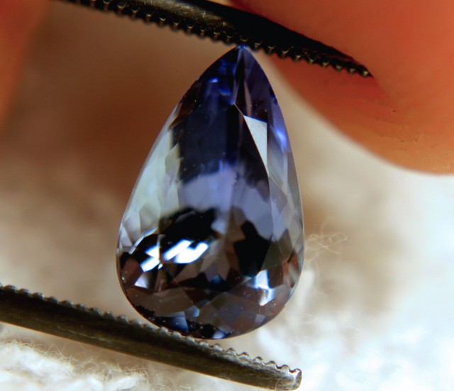 2.26 Carat VVS Tanzanite Violet Blue Beauty