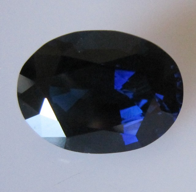 6.33cts Natural Australian Blue Sapphire Oval Cut