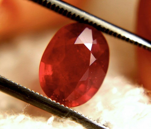 2.78 Carat Fiery Cherry Ruby - Gorgeous