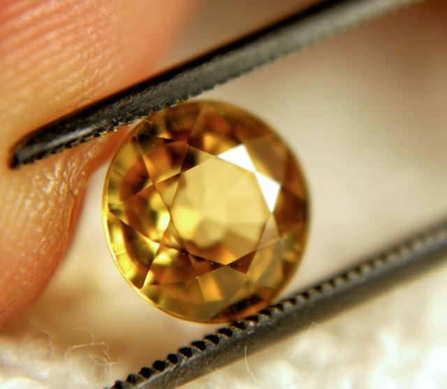 2.80 Carat VVS1 Golden Yellow Zircon - Gorgeous