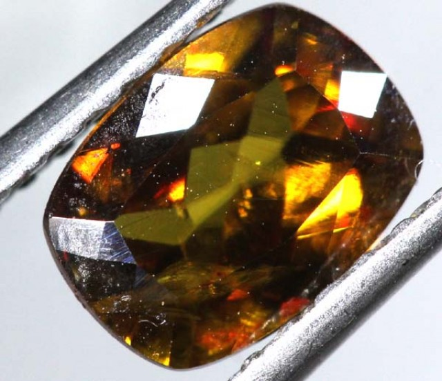 CHROME SPHENE FACETED  1.40 CTS PG-446