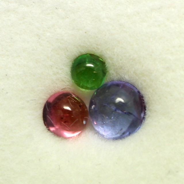 0.63 CTS MIXED CABS - TANZANITE GARNET SPINEL - [ST8639]
