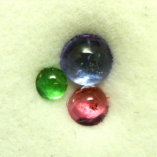 0.78 CTS MIXED CABS - TANZANITE GARNET SPINEL - [ST8645]