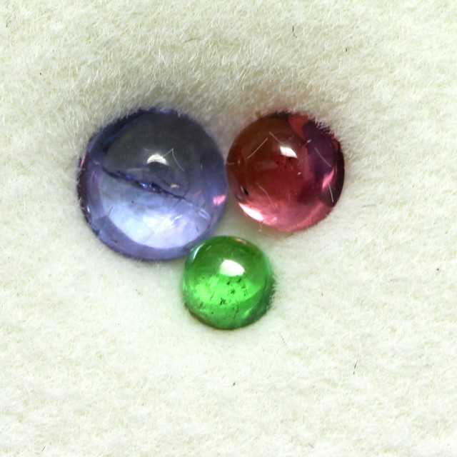 0.79 CTS MIXED CABS - TANZANITE GARNET SPINEL - [ST8663]